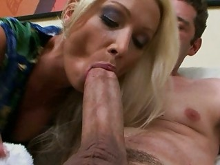 hawt euro mommy wamts three-some large american