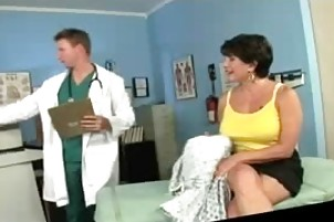 lewd mature patient screwed by her doctor